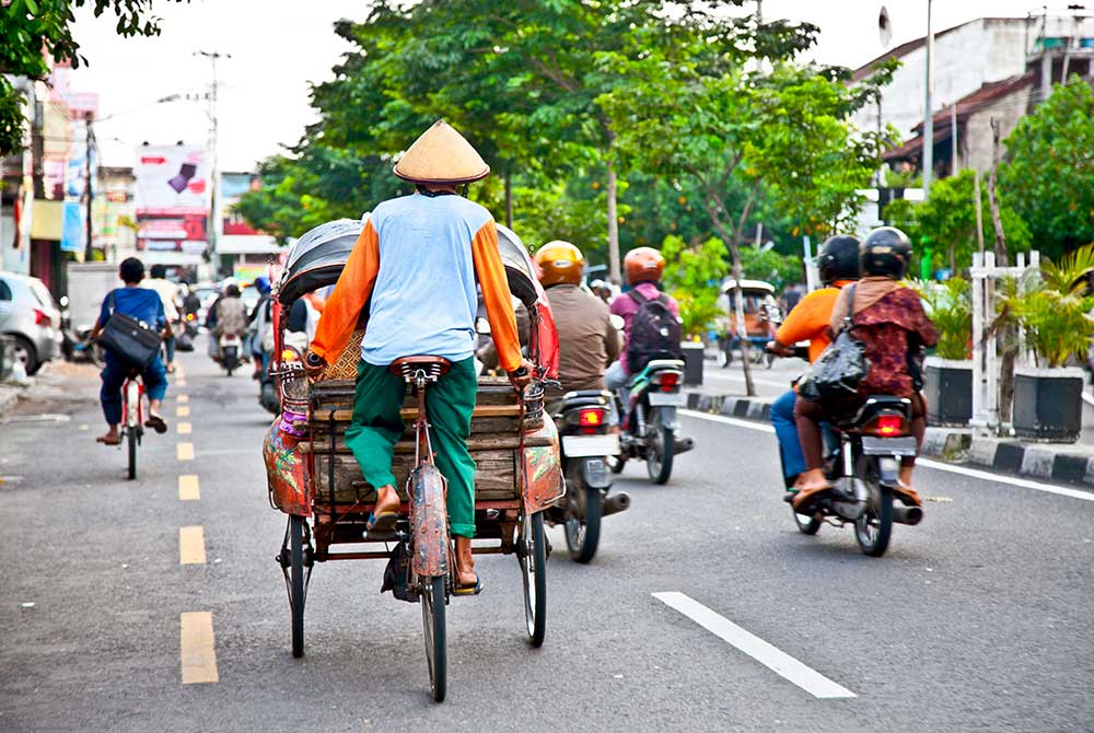 15-Regional-governance,-Indonesia-shutterstock_122760145at1000px
