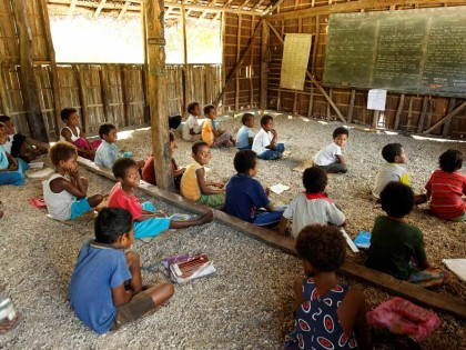 Education sector <br />Papua New Guinea <br />2013